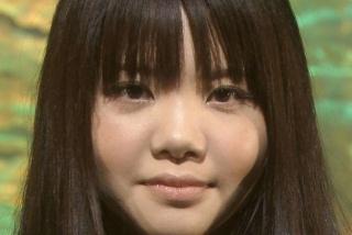 鼻が大きめの美人の画像をください