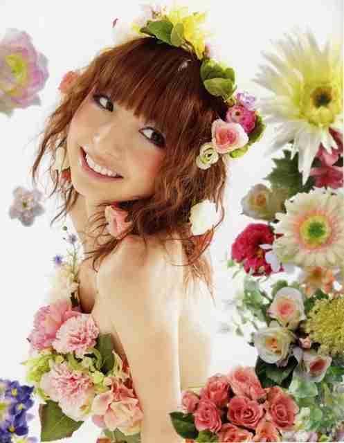 篠田麻里子、カラコン&ツインテール姿が話題「若返ってる」