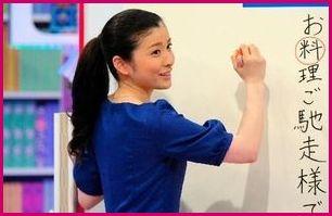 篠田麻里子が『プレバト』の「書道」「俳句」ランキングで才能アリを獲得