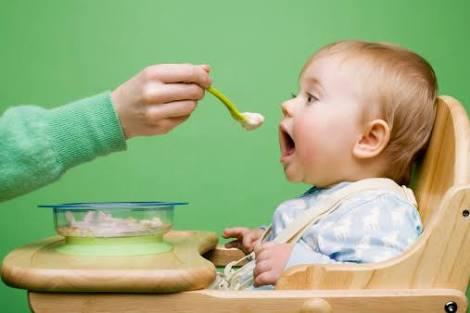 離乳食から幼児食への移行