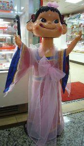 鈴木奈々、夫の誕生日は100円ショップと不二家のケーキ 「親近感わく」と共感の声
