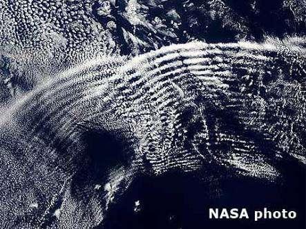 これって地震雲⁉︎雲研究者「地震と雲の関係性は科学的に証明されてないよ」