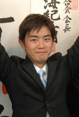 橋本健・神戸市議、辞職願を提出…政活費疑惑 午後にも辞職が許可される見通し