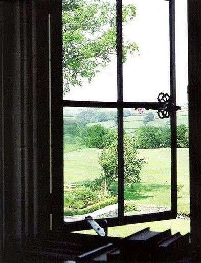 窓辺の風景
