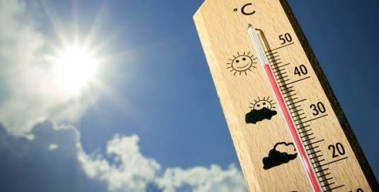 夏の暑さを感じる画像