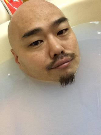 安田大サーカスHIRO、減量で鎖骨見えた!パッチリ二重も披露