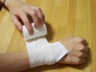 リストカットの傷跡、どう思いますか?