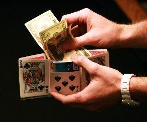 旦那・彼氏に財布をプレゼントするなら