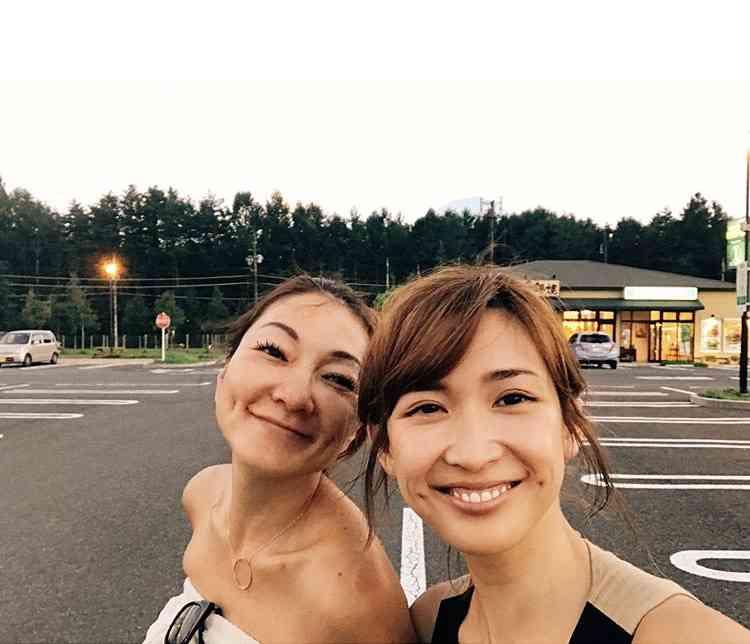 紗栄子&山田優、家族で旅行へ 子ども同士が「なんだかいい感じ」