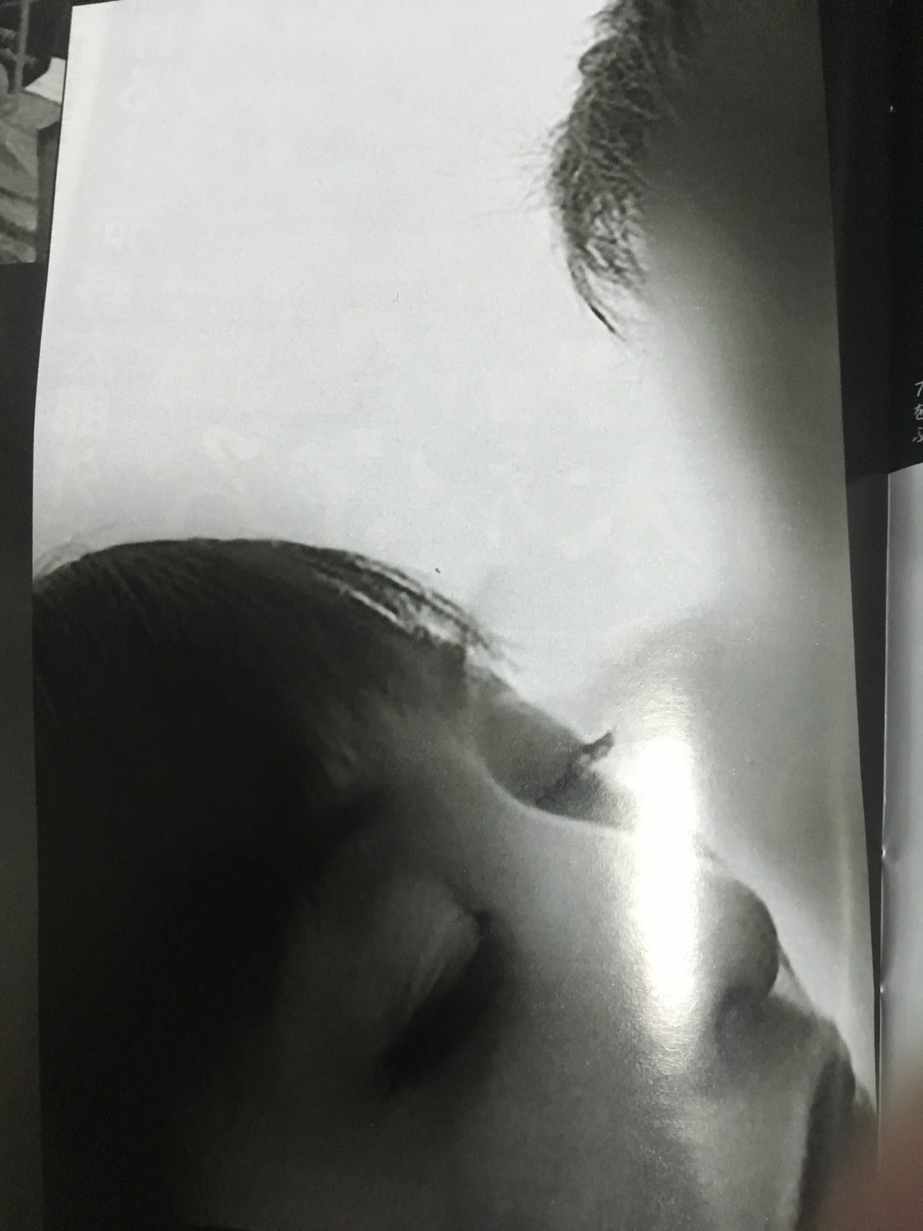 斉藤由貴「子供たちのために離婚は避けるべき」…キス報道に「深く反省」