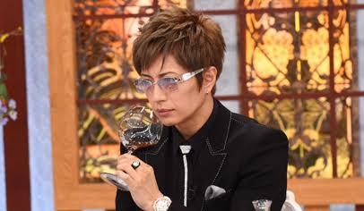 サングラスのイメージが強い有名人