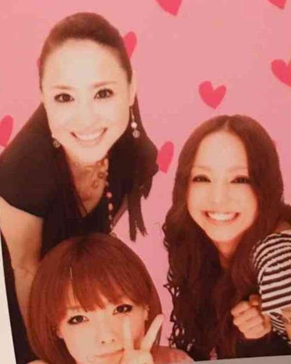 aiko、安室奈美恵&松田聖子&中川翔子とのプリクラ公開「今もお守り」