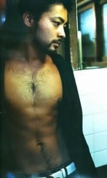 脱毛してる男性をどう思いますか?