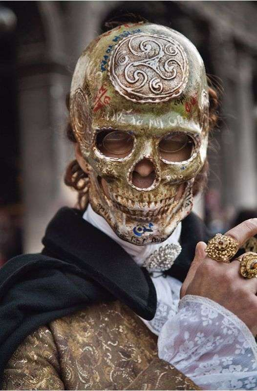 【苦手な方、閲覧注意】世界のお面、仮面、マスク【画像】