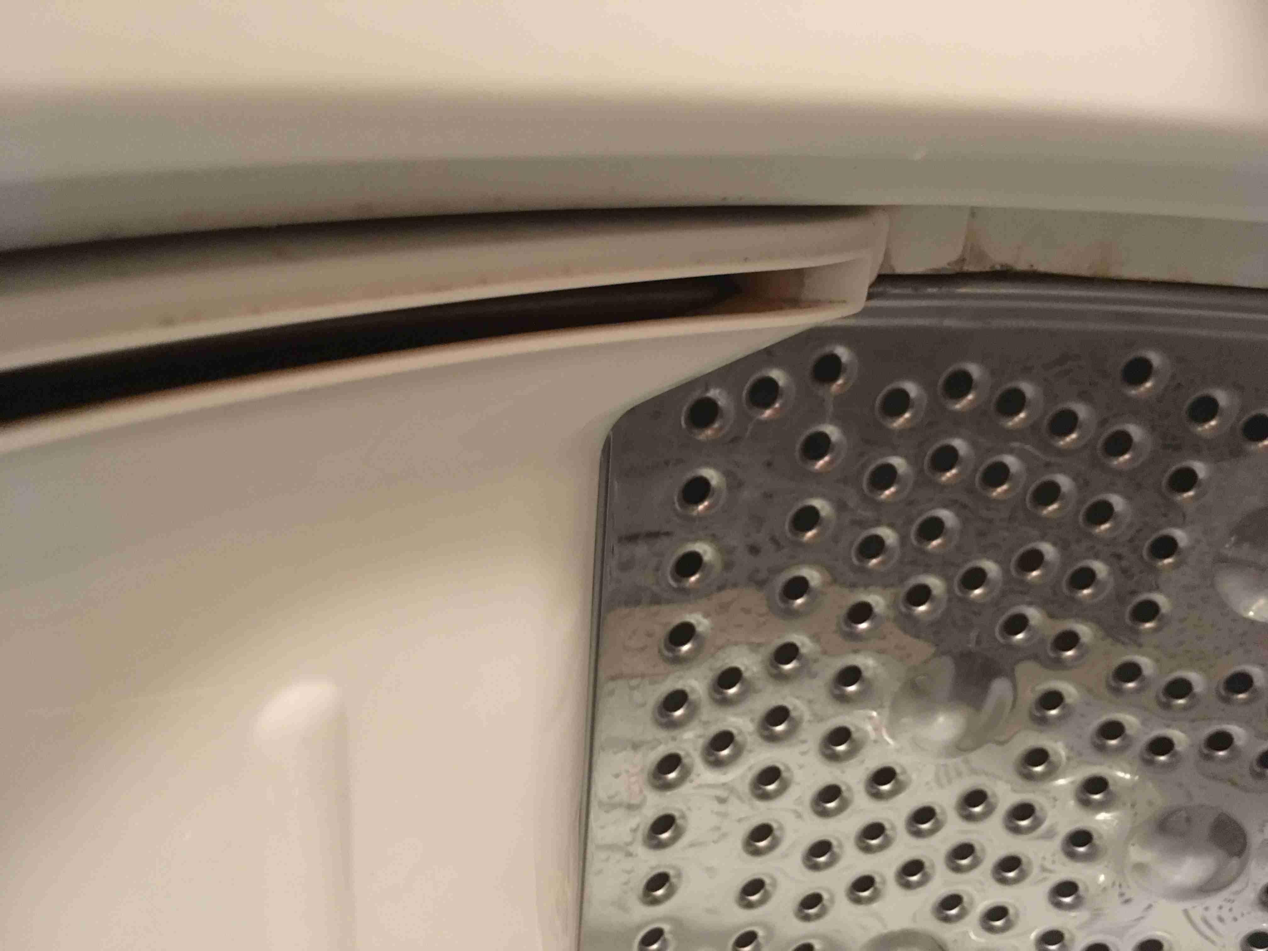 とうとう洗濯機が壊れました…