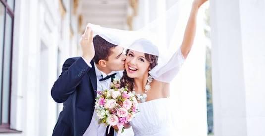 友人の結婚式をSNSにUP
