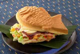 「オムライス鯛焼き」が爆誕! 見た目は完全に鯛焼きだけど、味も素材も完全にオムライスです