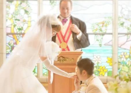 結婚式挙げるか否か、彼の希望と意見が違う、違った人