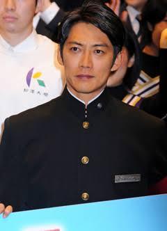有名人の制服姿