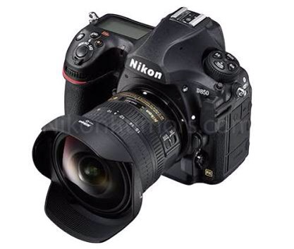 ニコンのカメラは男性専用?海外で批判の的に