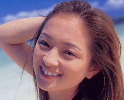 浜崎あゆみ 超アップショット公開「裸眼でこの目の大きさは