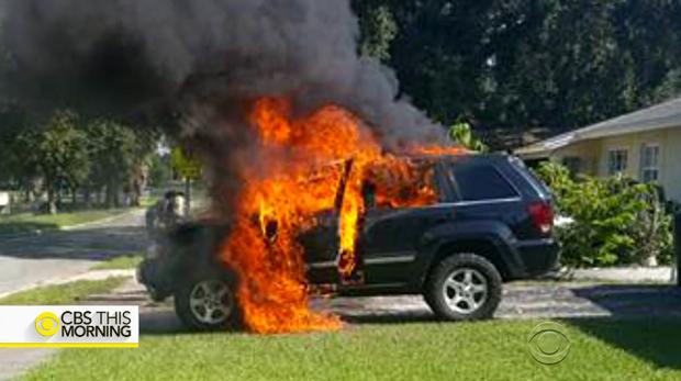 山手線車内でリュックが発火 携帯電話のバッテリーが原因か