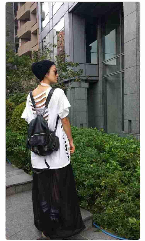 山田優、胸元ざっくりコーデで谷間チラ見せ「おしゃれすぎるママ」「スタイル良すぎ」と反響