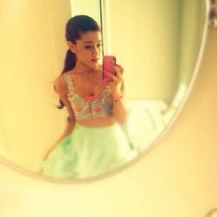 Ariana Grandeを貼るトピ♡