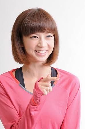 """安田美沙子が""""35歳のセーラー服""""姿披露"""