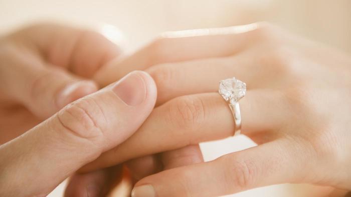 婚約者と結婚していいか迷ったことがある人!