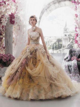【体型、顔、身長、年齢などは無視】着てみたいドレスを貼るトピ!