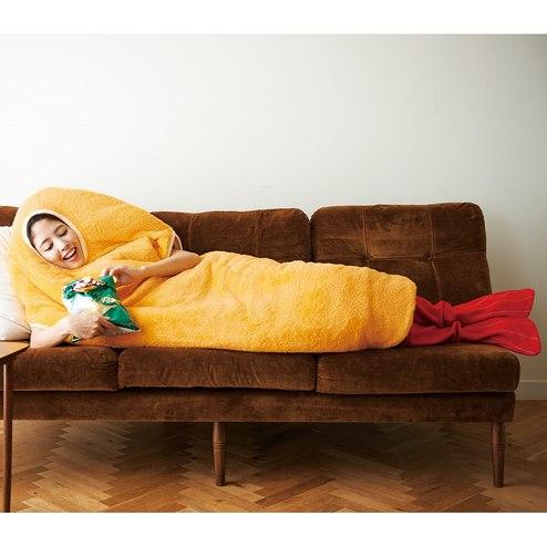 「着る毛布」の珍デザインにツッコミ 「また無茶しやがって」