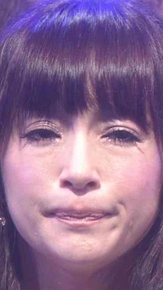 浜崎あゆみの「カープ女子」姿に反響 「カープあゆ、女神」「また太った?」