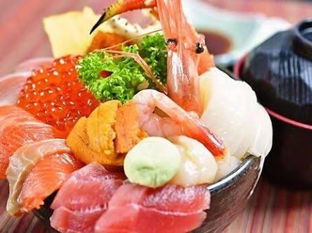 海鮮丼好きな人