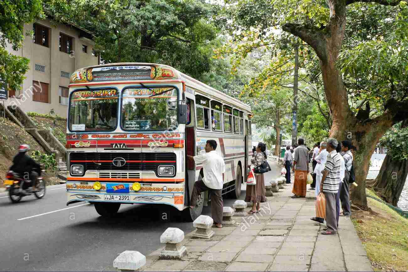 鈴木奈々がスリランカの店内やバスで大騒ぎ 現地人に何度も怒られる事態に