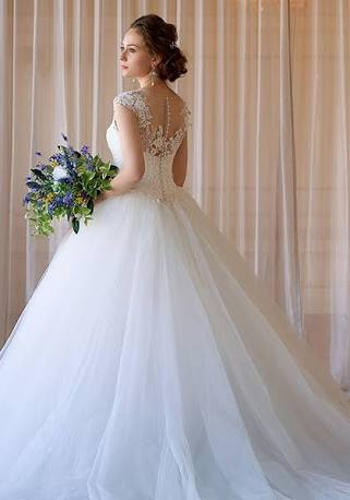 ドレスコードのある結婚パーティー