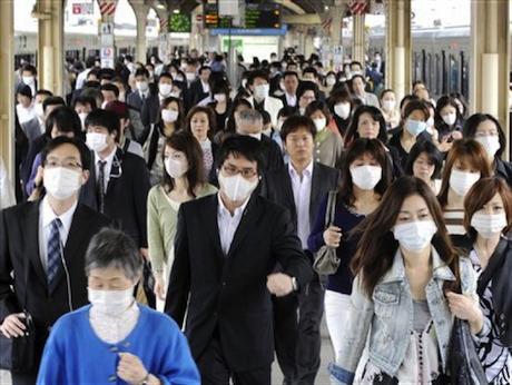 マスクには病原菌がいっぱい!意外と知られていない『正しい外し方』
