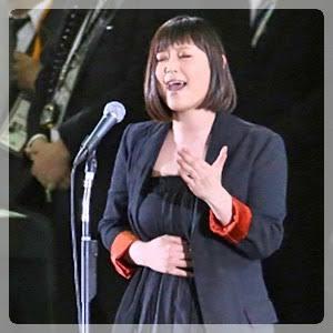 さすが水嶋ヒロの娘!仮面ライダーカブトポーズに「天道の娘」