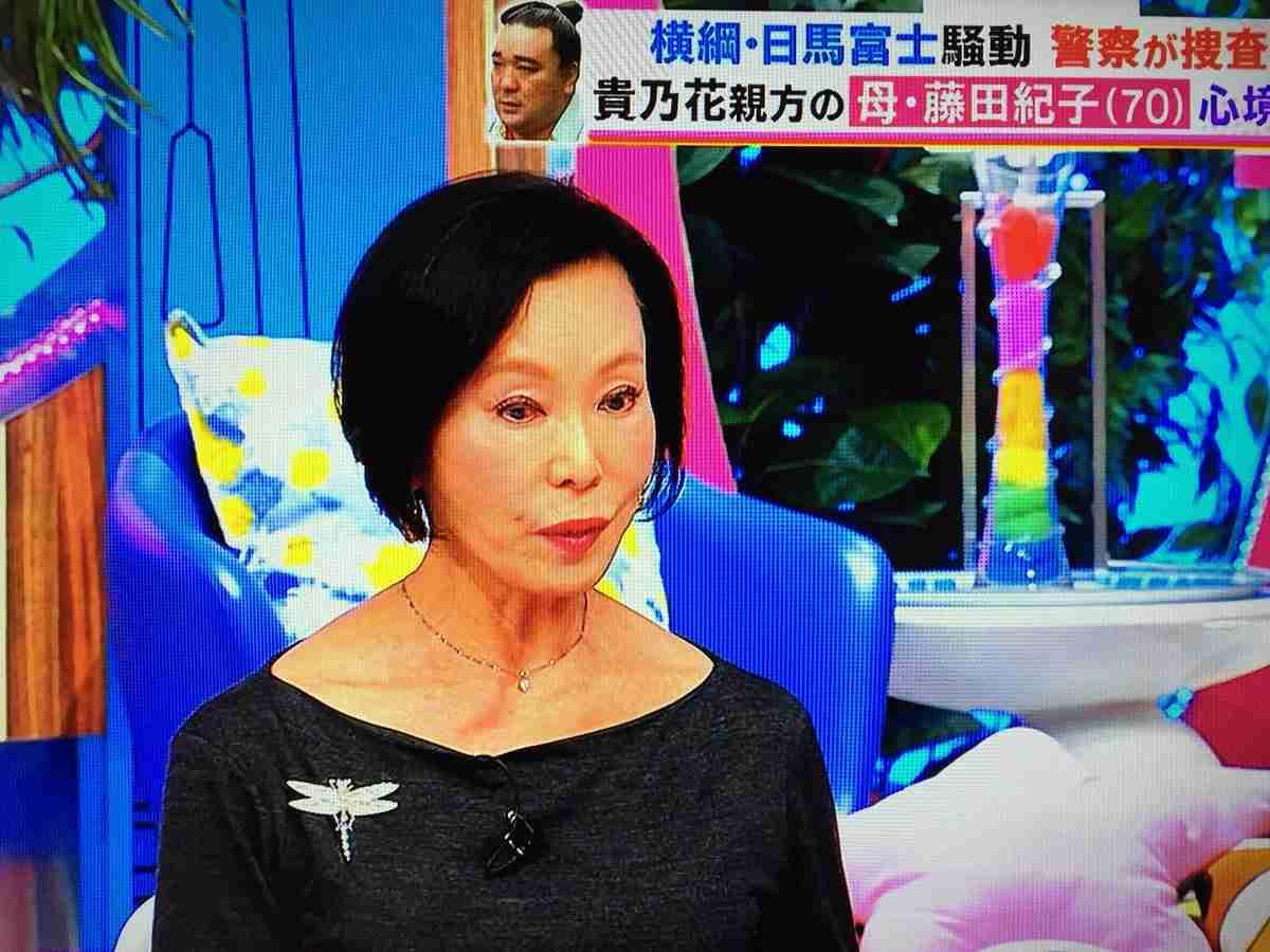 """40センチバッサリ!花田美恵子、""""人生をリセットする""""ショートヘア"""