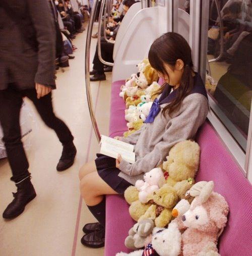 寂しさを紛らわせる方法