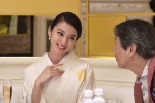 年収億越え銀座ママの豪遊ランチがセレブすぎて話題に「料亭を1人で貸し切って100万円ランチ」