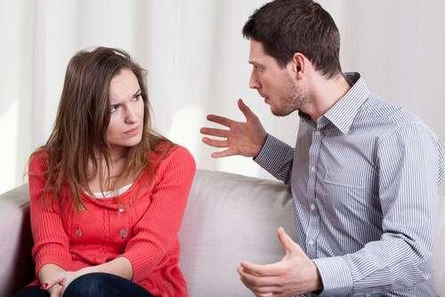 夫婦喧嘩の原因は何ですか?