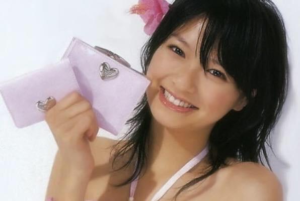 榮倉奈々、第一子出産後初の公の場 変わらぬ体型披露