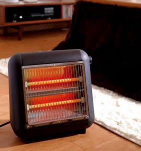 足元の暖房器具