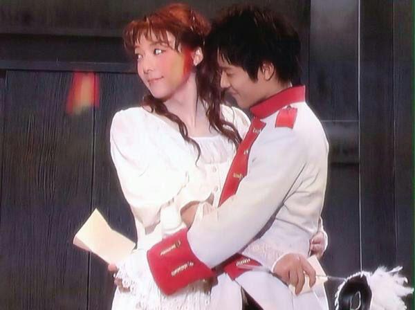 長澤まさみ、高橋一生に抱かれて眠る…『嘘を愛する女』新ビジュアル