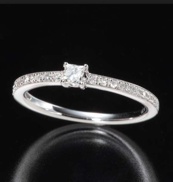 10万でどんな指輪を買う??