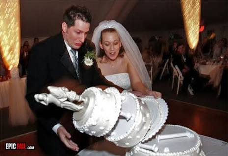 結婚式招待、迷惑?