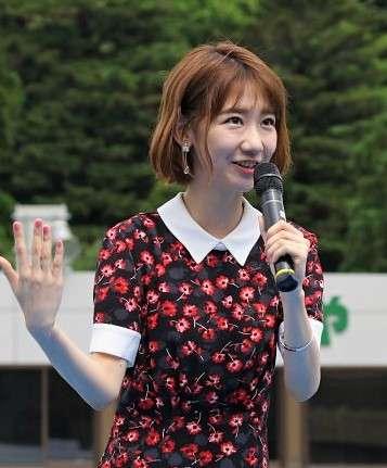 "AKB48渡辺麻友&柏木由紀、""まゆゆきりん""密着ショットに「最高すぎ」「涙出る」と反響"