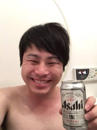 月曜から飲んでる人〜!