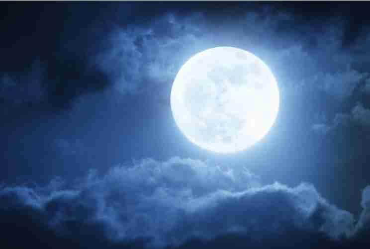 「月が綺麗ですね」を室内の表現にしてみるトピ